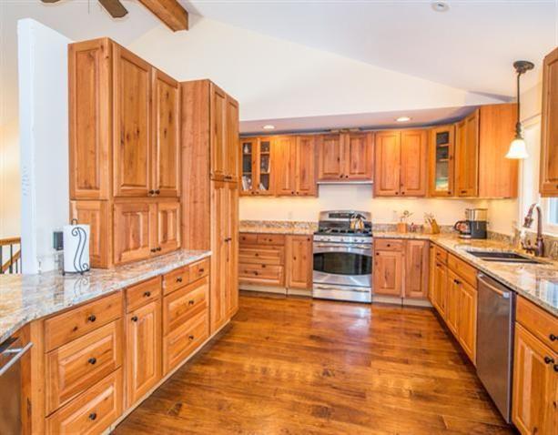 Luxurious Ranch in Chelsea - Reinhart Reinhart