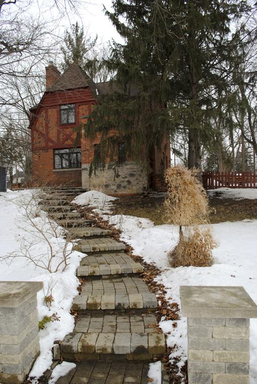 3050 Lakeview Drive, Ann Arbor, MI, 48103