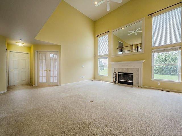 6480 Meadow Creek Dr.- Living Room