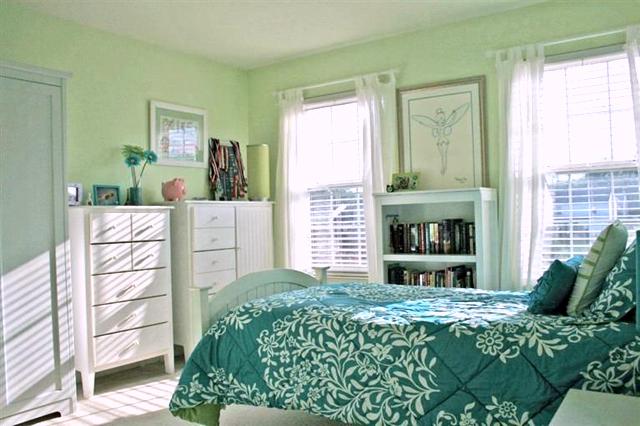 15459 Brookside Dr - Bedroom