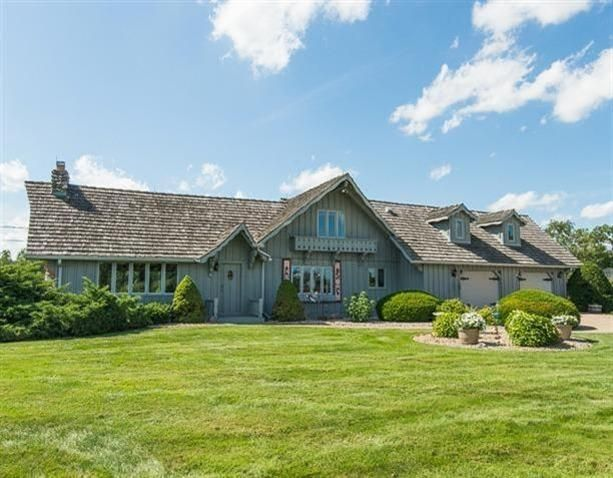490 Island Drive, Grass Lake, MI