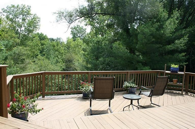 5220 Pheasant Court - Deck