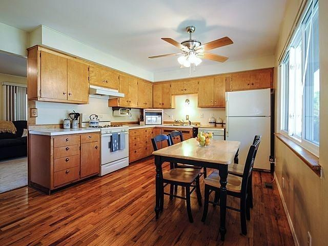 130 Nichols Drive - Kitchen