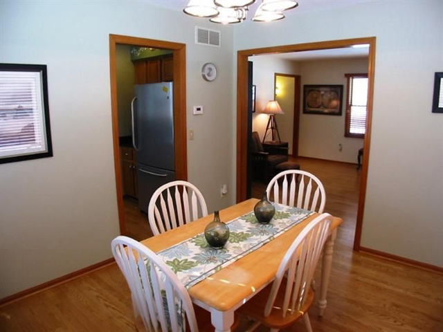 1387 Drive - Dining Room