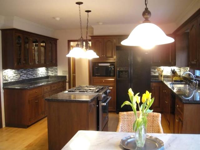 5429 Village Drive - Kitchen