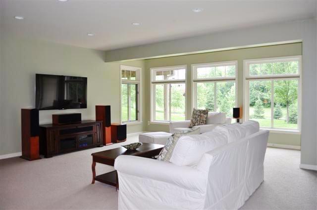 10321 Timber Ridge DR. - Living Room