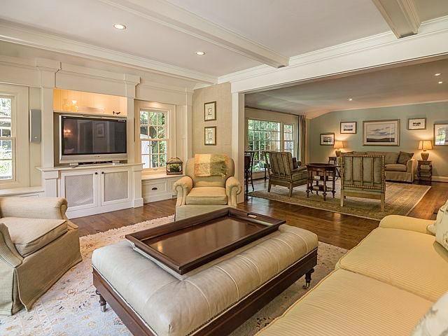 540 Rock Creek Drive - Living Room
